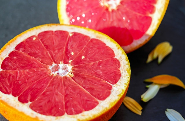 12 Astonishing Nutrition Facts and Advantages of Grapefruit