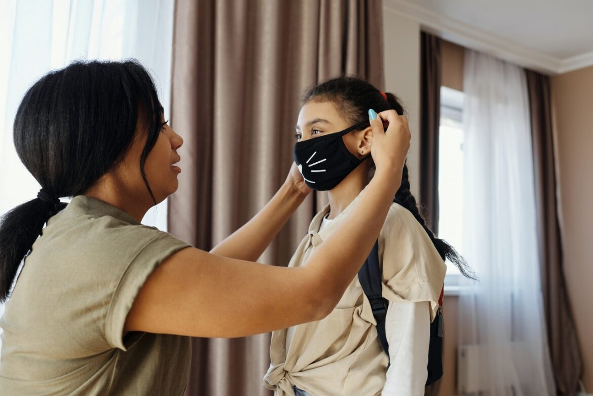 Retailers Can Attract Customers Only With Christmas Face Masks